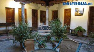 Exemplo de casa compartilhada para estudantes de espanhol em Granada, Espanha. Quartos individuais ou compartilhados.